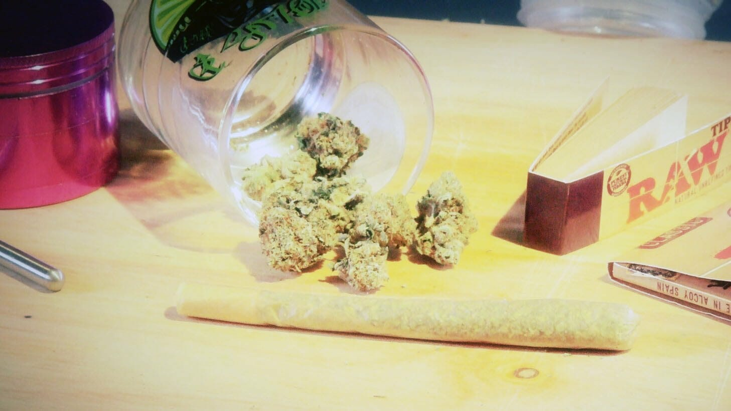 How to Roll a King Size Filter Tip Joint: Marijuana Tips & Tricks Cannabasics #3