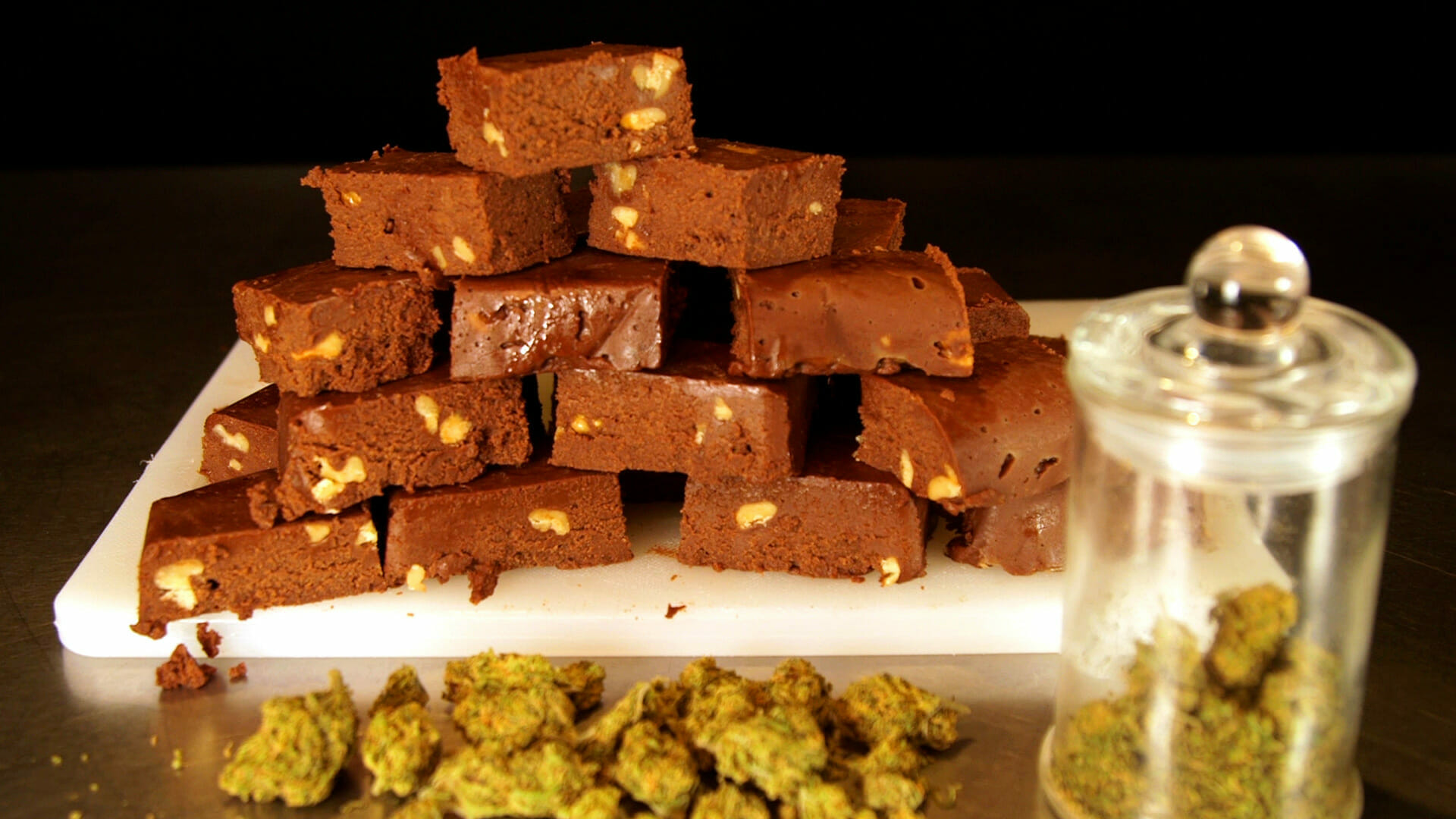 easy-cannabis-fudge-recipe-thumbnail-1